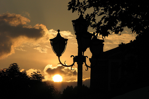 Sonnenuntergang in der Stadt Varna