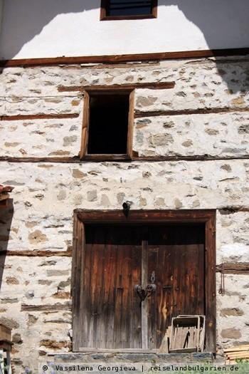 Schiroka Luka: Ursprüngliche bulgarische Architektur